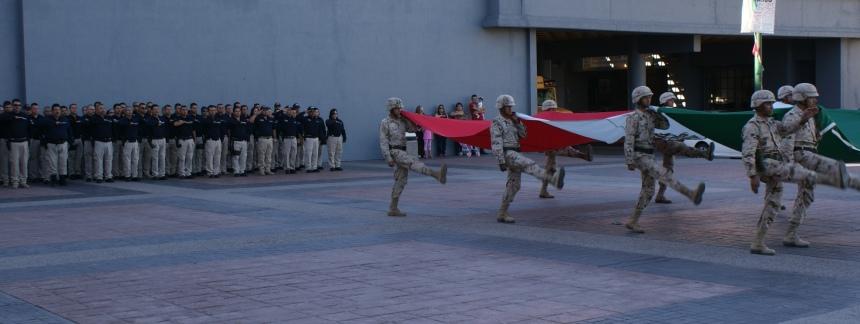 La corporación rindió homenaje a la Bandera.