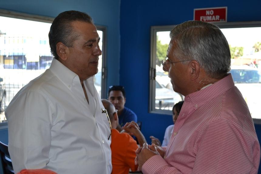 Platican RGM y Manlio Fabio Beltrones sobre proyectos de 2014 para el municipio de Nogales.