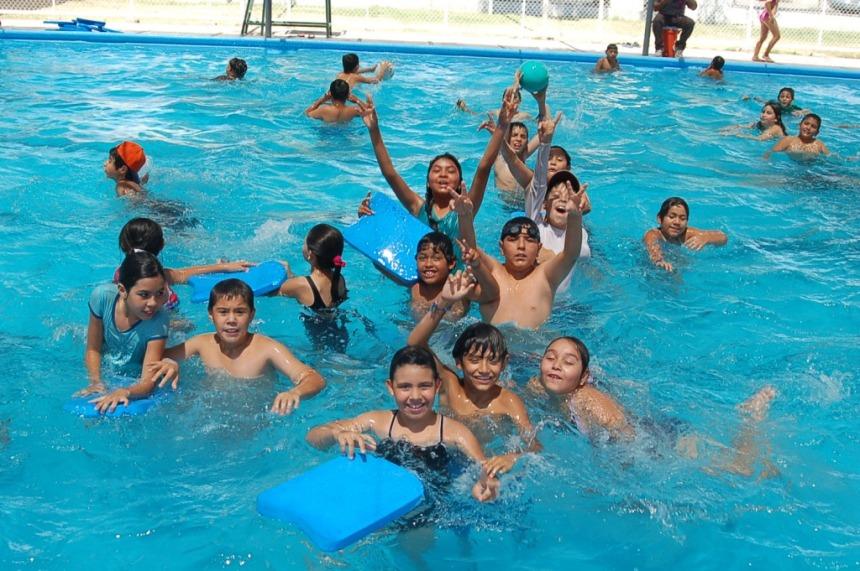 Los cursos también son de natación.