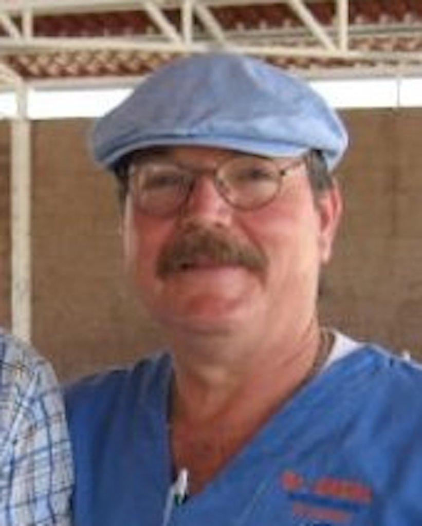 El Dr. Moisés Casal Díaz.
