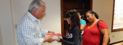 Continúa apoyo Presidente Municipal a comunidad necesitada   (2)