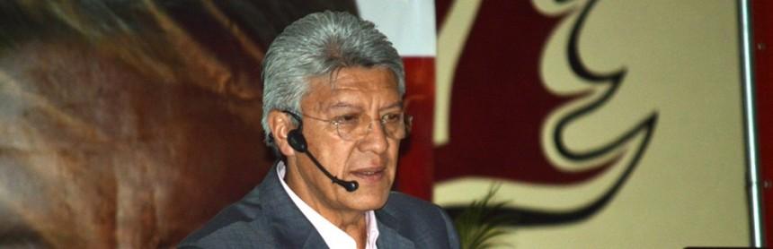 """Todo un éxito la conferencia de """"Chucho"""" Ramírez en Nogales (3)"""