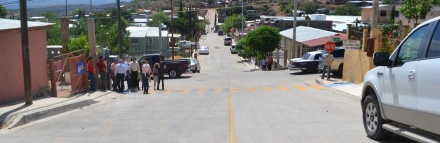 Beneficia Ramón Guzmán con pavimento y electrificación a vecinos de la Benito Juárez.