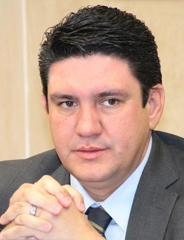 Humberto Robles Pompa.