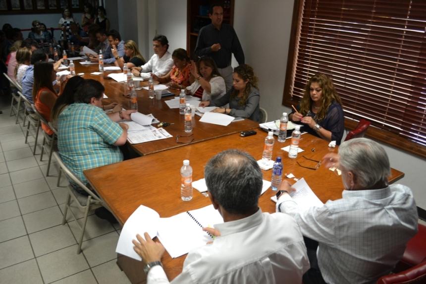 Aprueba Cabildo que nuevo campo deportivo lleve nombre del alcalde Ramón Guzmán Muñoz.
