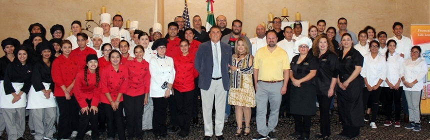 "ARIZONA Celebran Muestra Culinaria ""Top Diches Out of Mexico's Top Produce""."